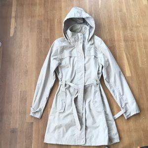 Jackets & Blazers - BEIGE TRENCH OR RAIN JACKET 🧥